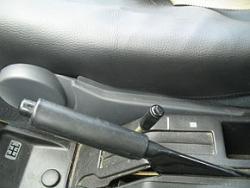 اخطاردهنده بالابودن ترمزدستی خودرو