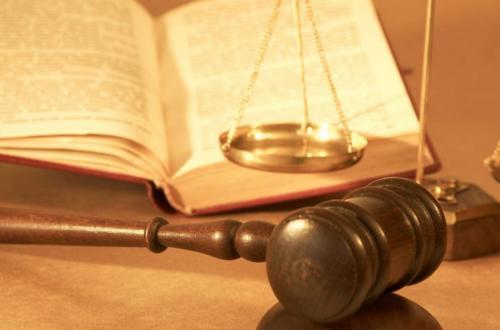 وکیل ایرانی در امارات عربی متحده،عمان، قطر