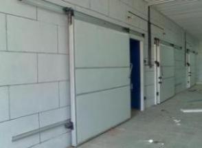 تولید درب سردخانه ای ، درب کشویی و لولایی