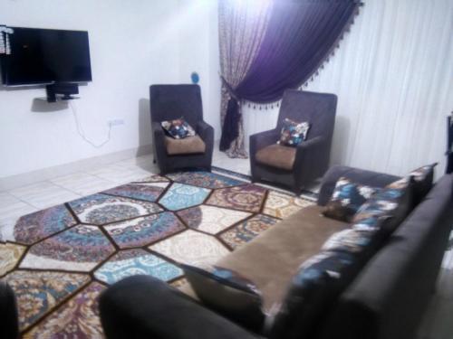 اجاره اپارتمان و ویلا مبله در شیراز09353406903