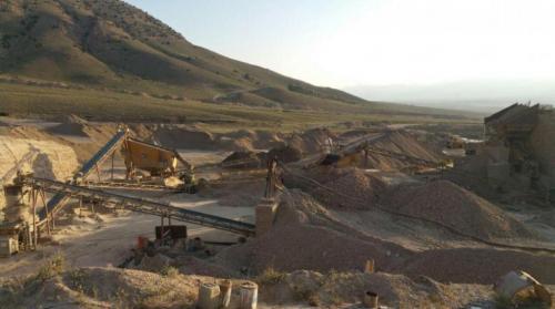 فروش معدن شن و ماسه و کارخانه سنگ شکن و دانه بندی