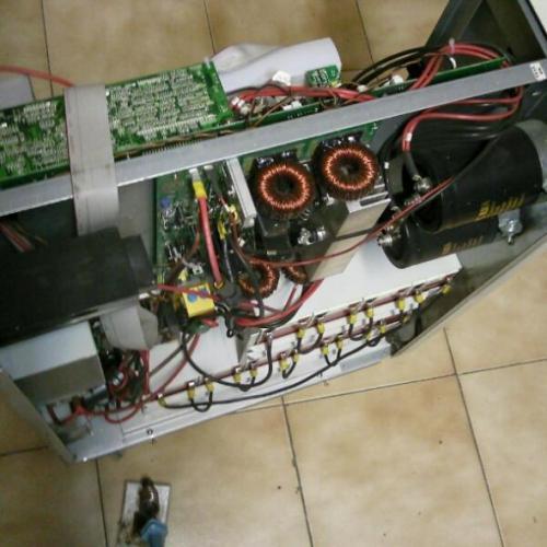 تعمیر یو پی اس APC SRT8KXLI