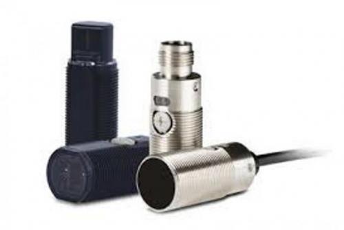 فروش سنسورهای استوانه ای امرن (OMRON CYLINDER SENSORS)