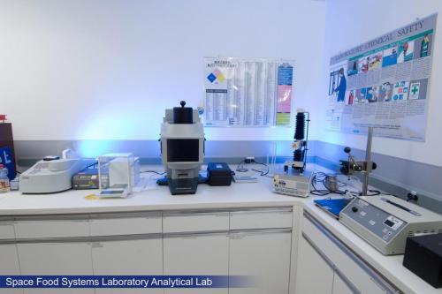 تجهیزات آزمایشگاه تولید شربت,آبمیوه وکنسانتره غذایی