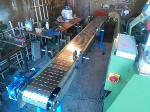 طراحی و ساخت انواع نوارنقاله های صنعتی وازمایشگاهی و ص