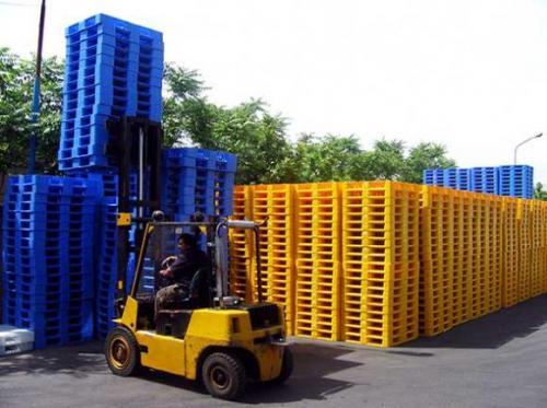 آذران پلاست: تولیدکننده وفروشندهانواع پالت پلاستیکی