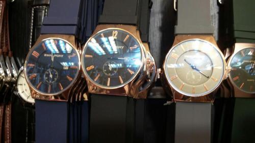 فروش انواع ساعت تکی و عمده