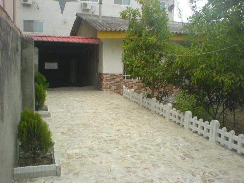 100 متر ویلا حیاط سازی شده اجاره ای- شهرستان نور