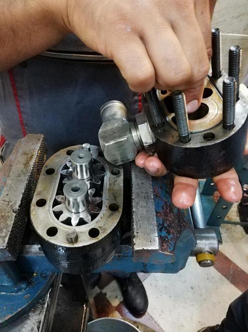 تعمیرات پمپ و شیر هیدرولیک