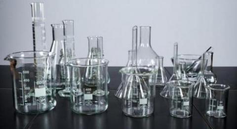 فروش تجهیزات و شیشه آلات آزمایشگاهی