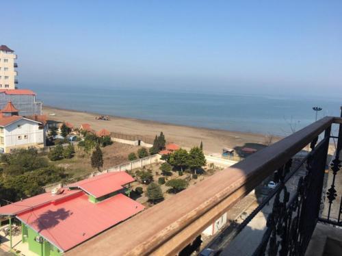 آپارتمان 100 متری رو به دریا در سرخرود