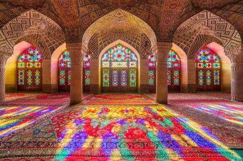 تور شیراز همه روزه پاییز 98