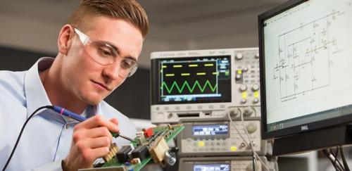 آموزش تعمیرات الکترونیک - با قابلیت کار در تمام دنیا