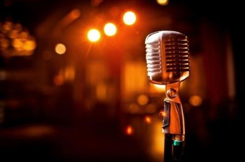 آموزش خوانندگی و آواز در مشهد - تهیه و ساخت آهنگ