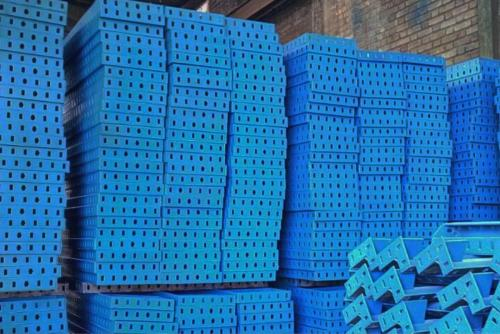 خرید و فروش قالب فلزی بتن ،جک سقفی ، قالب تیرچه