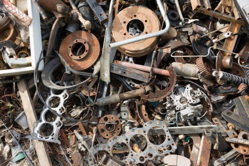 خرید ضایعات آهن و فلزی با قیمت بالا 09304005629